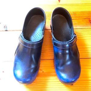 Sanita Dansko Blue Black Clogs, EUC, 38